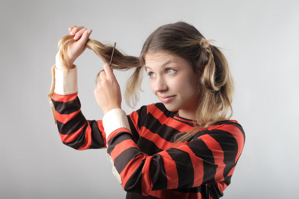 増えちゃう前に試してみて!白髪対策と「自宅で白髪染め」のコツ