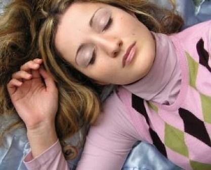 肌荒れ、長引いてない?美肌を作る「徐波(じょは)睡眠」とは