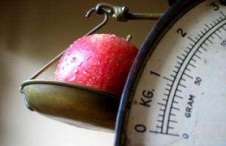 しっかり食べても太らない!30代からの健康的ダイエットのルール3つ