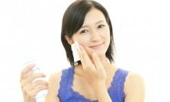 肌の老化が関係!「毛穴のブツブツ・開き・たるみ」解消方法まとめ