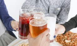 食べ過ぎたら試して!「胃腸スッキリ」の回復ヨガポーズ&レシピ