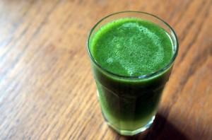 飲む日焼け止め!朝に飲みたいジュース3つ (3)ケール青汁