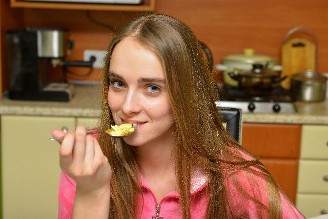 「ダイエットが逆効果」になりかねない!要注意な食べ物・飲み物3つ