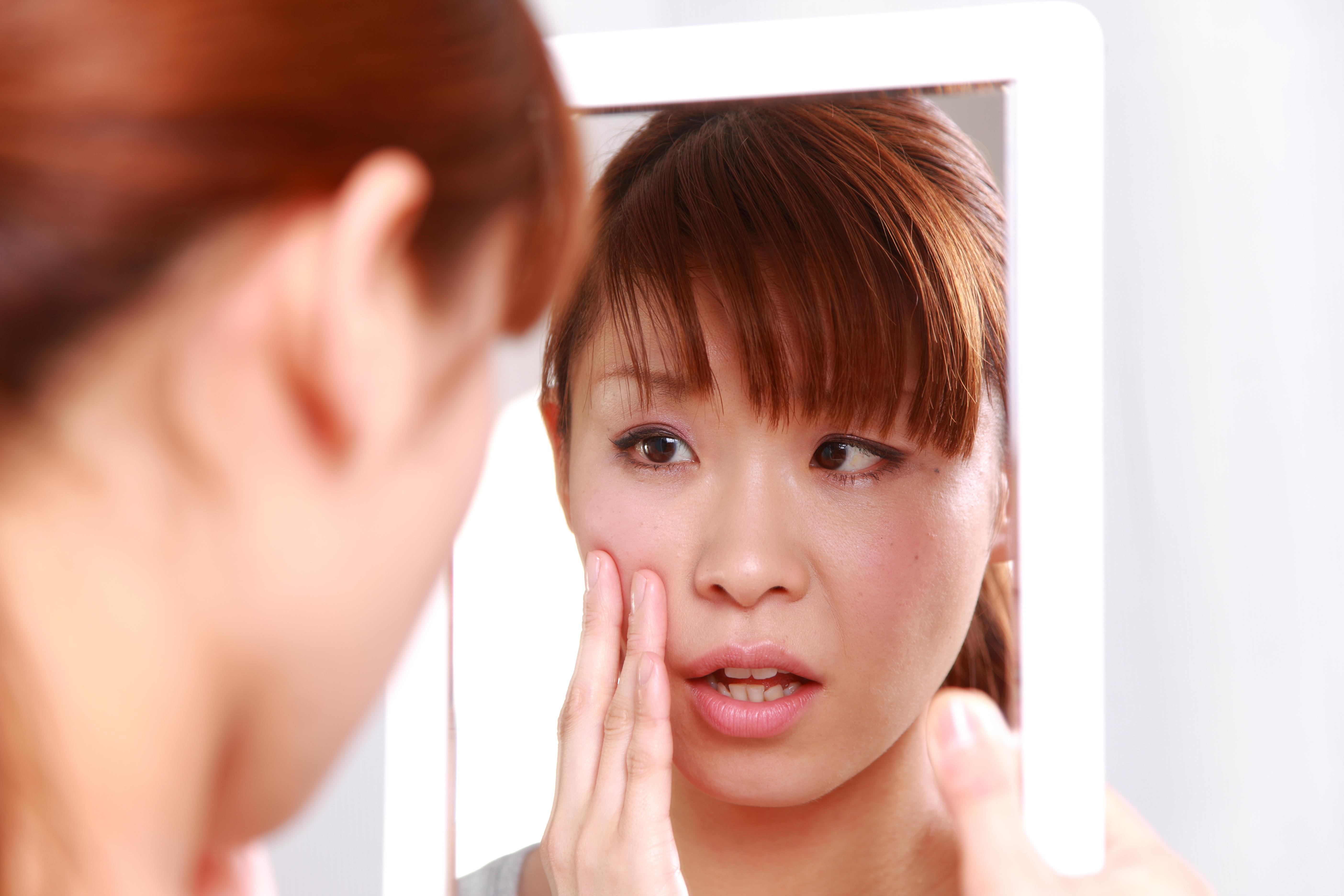 お肌の老化防止のカギ!30代から意識すべき「女性ホルモンを増やす方法」