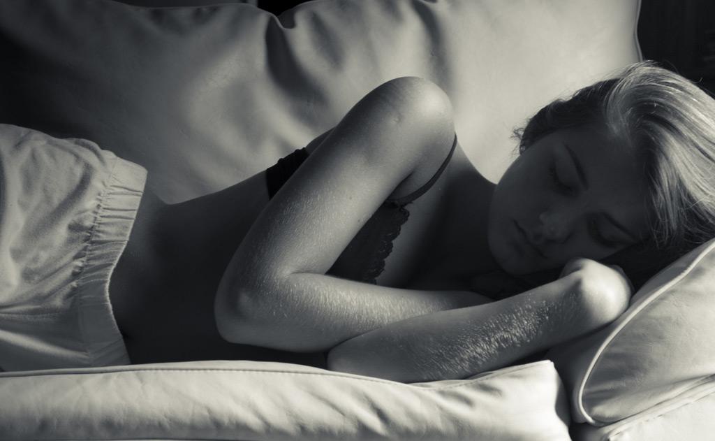 朝3分!ヤセ体質を作る「深呼吸&腕まわしストレッチ」