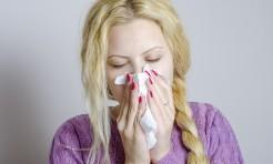 花粉症の鼻詰まりや皮剥け・目のかゆみを「馬油」で緩和!?カンタン解消法