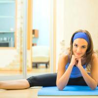 痩せている人も要注意!二重アゴ予防法&簡単トレーニング