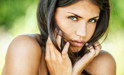 腫れぼった〜い!花粉症の悩み「顔のむくみ」を解消する顔ヨガ