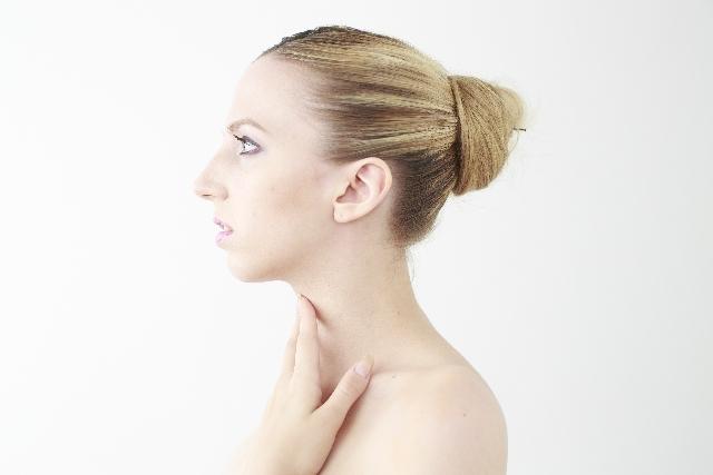 「頭皮」と「美髪」のSOS!白髪や傷みから守るUVカット術