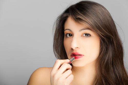 30 代・40 代からのエイジングを楽しむ女性の美容マガジン つやプラ