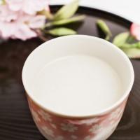 美肌・カゼ予防に最強!?「潤い美人のレンコン甘酒」簡単レシピ