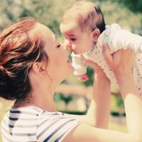 プレママ・ママの声から学ぶ!「妊娠線予防クリーム」の選び方