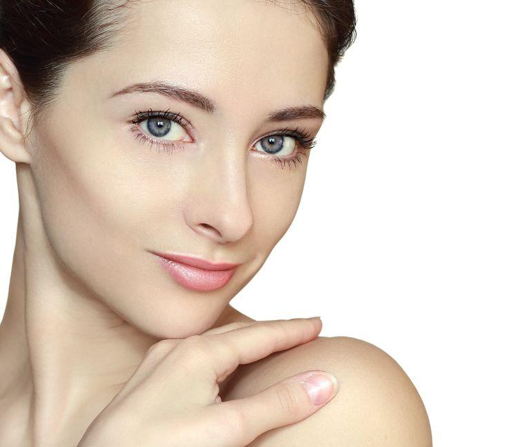 アンチエイジング最先端!美容家も注目「幹細胞コスメ」3選
