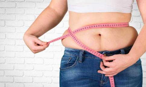 お腹まわりに脂肪がつきやすい理由って?