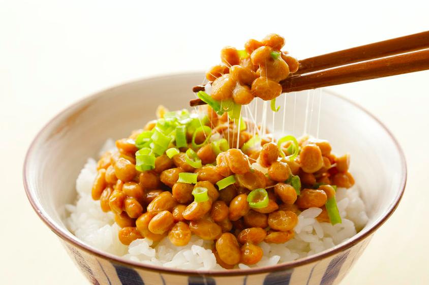 お米屋さんが教える「納豆ご飯の絶品アレンジ」3つ