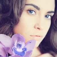 UV&唇のくすみ対策に◎!美容家おすすめリップ3選