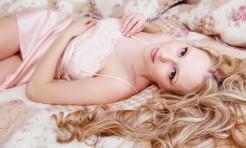 美髪には夜シャン?美を底上げ「寝る前リンパストレッチ」