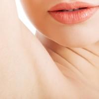 NGケアに注意!皮膚科医に聞く「脇ニキビ」の原因と対処法