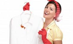 カレー・ボールペン・血など「白い服のシミ」応急処置方法
