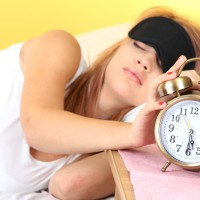 寝る前1分!緊張をゆるめて快眠に導く「ゆるストレッチ」