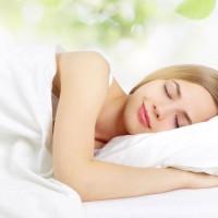 寝る前3分簡単ストレッチ!交感神経を抑え自律神経を整える4つの方法