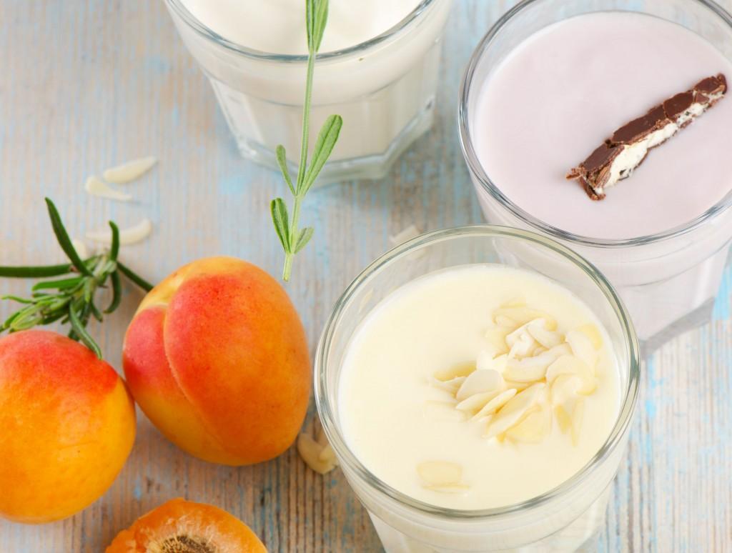 14191952 - fresh fruit yogurt