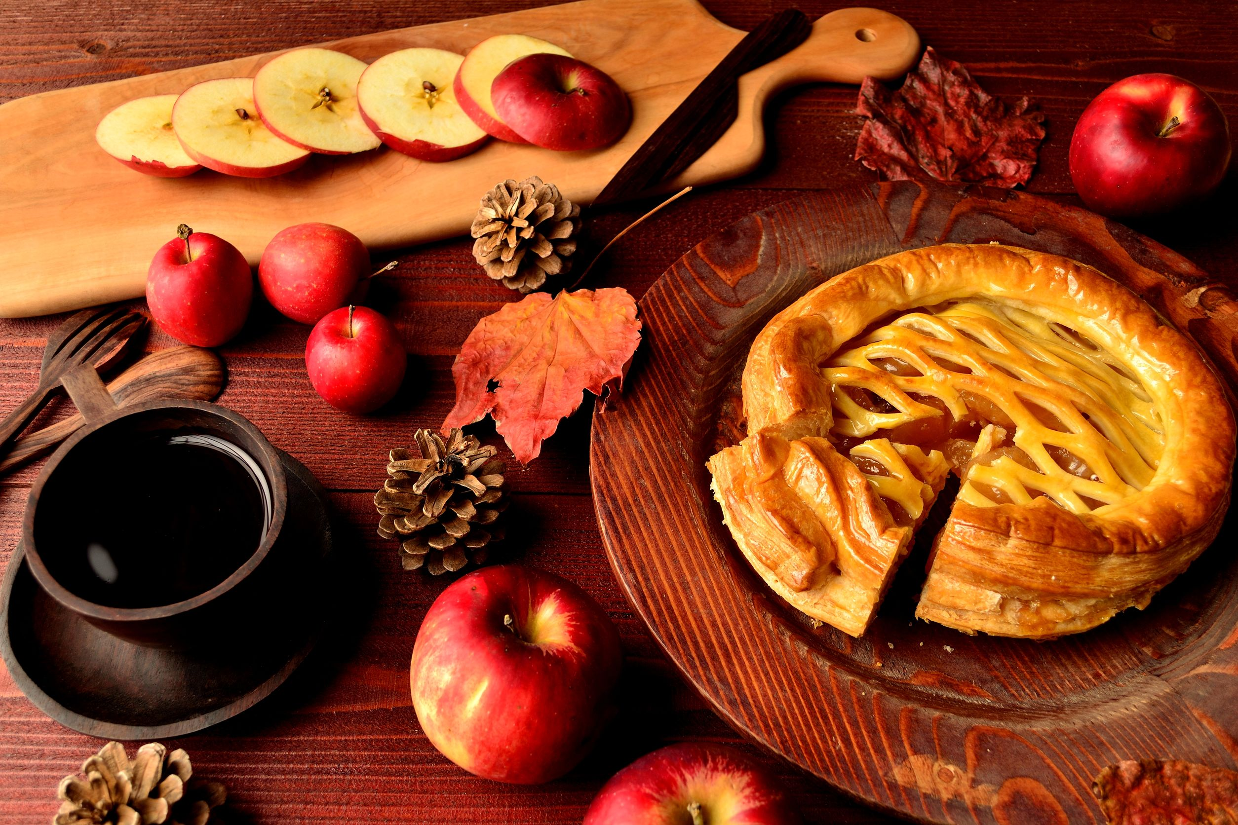 47972149 - apple pie,coffee cup and cutting board