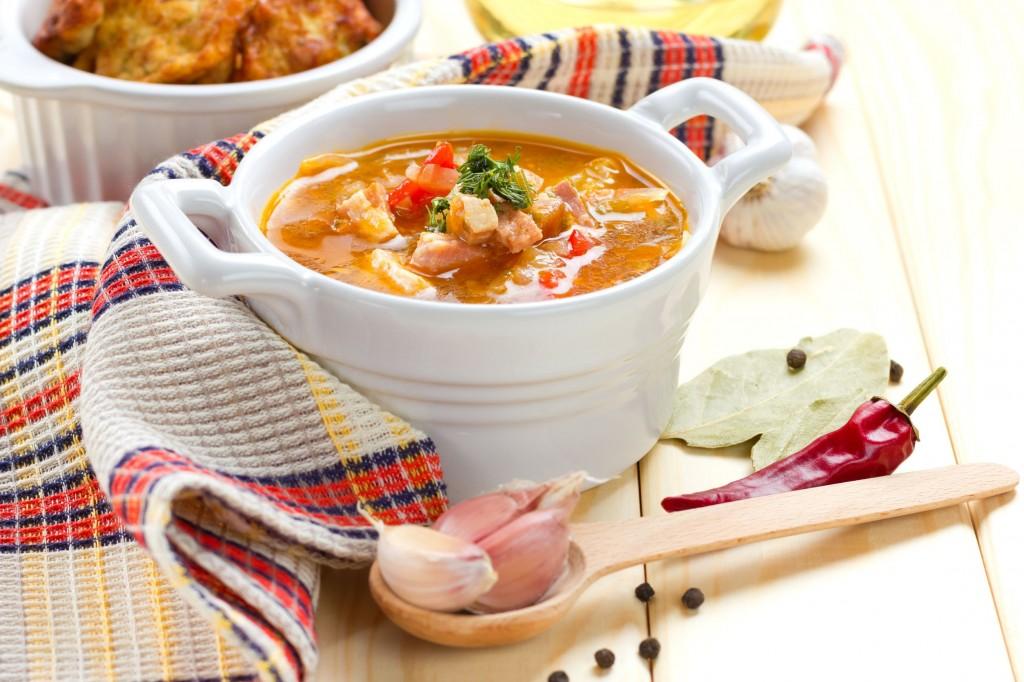 17415384 - borscht, beetroot soup