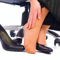 足から温活習慣!美容家おすすめ「フットアイテム」3つ