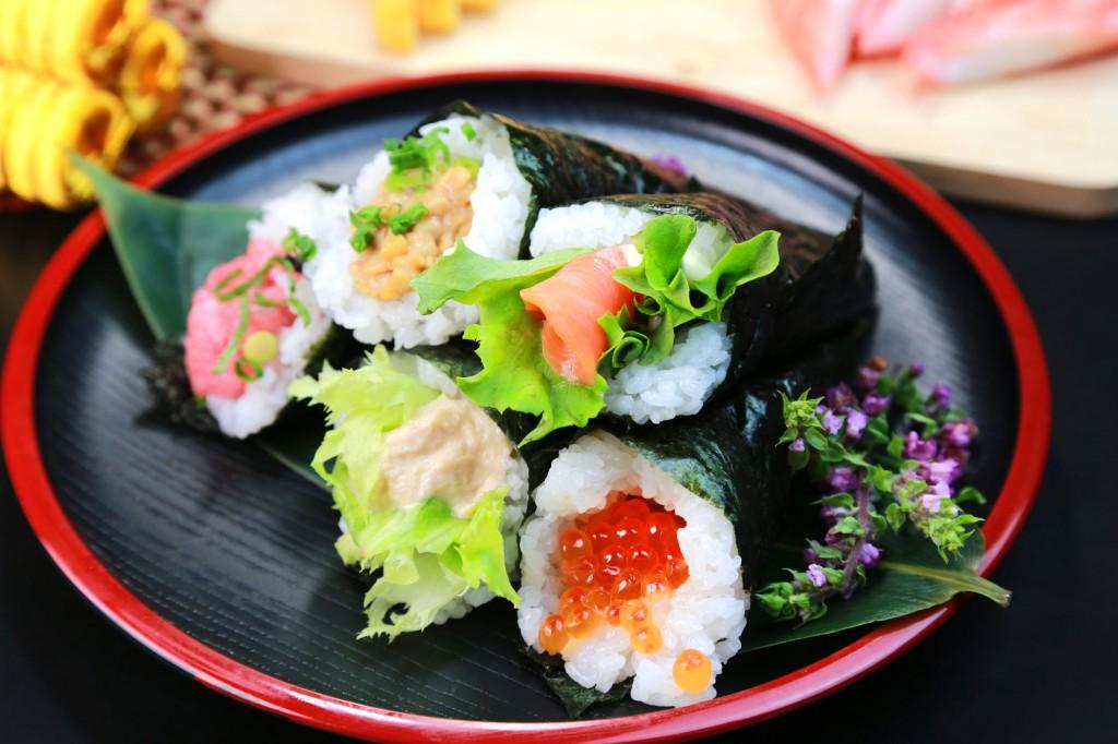 38609048 - hand rolled temaki sushi / japanese food
