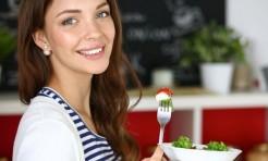 早食いはダイエットの大敵!ゆっくり食べるための方法3つ