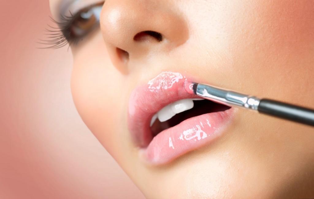 14421857 - makeup professional make-up  lipgloss  lipstick