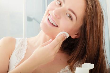 コットンパックにも◎冬のトラブル肌を整えるプレ化粧水3選