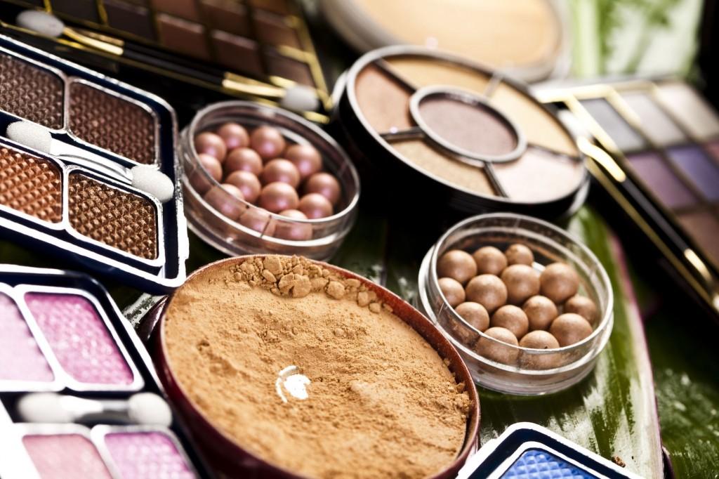 5926520 - cosmetics, make up