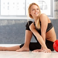 ゆっくり動いて体幹を鍛えて!太りにくい身体になるエクサ
