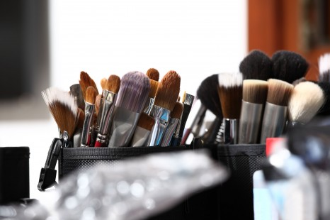 43280747 - makeup brushes, closeup