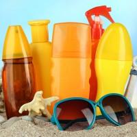 夏のレジャー時の味方!汗・水に強い日焼け止め3選