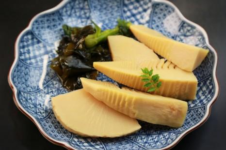 37677466 - japanese food / wakatakeni (simmered bamboo shoots and seaweed)