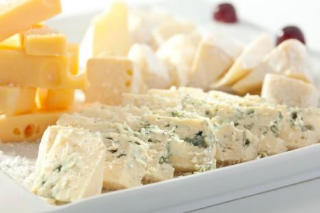 お腹も心も満足!ダイエットに役立つチーズの選び方・食べ方