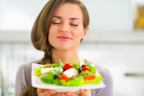 サラダがメインに!?満足感UPのドレッシングレシピ3選