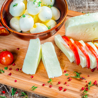 高タンパクで間食にも◎!美容に役立つ「チーズの選び方」