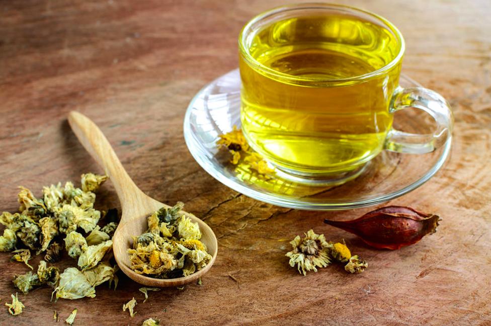 ジクジクニキビに◎ポリフェノール豊富な「菊花茶」のすすめ