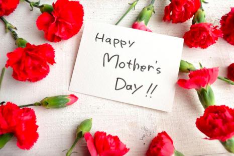 母の日の贈り物に◎美容家厳選の「感謝を伝えるコスメ」4選