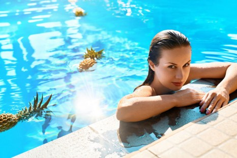 毛穴落ち・化粧崩れに!美容ライターが選ぶ「夏の化粧下地」6選