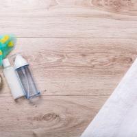 小鼻の黒ずみ対策に◎つる肌を実感できる「洗顔料」3選