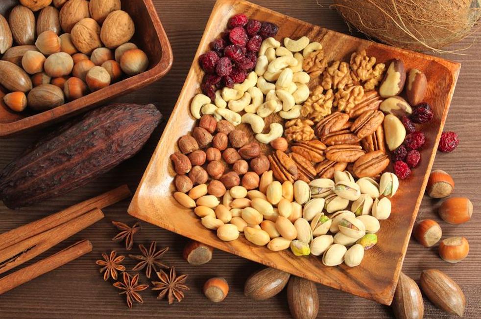 お腹スッキリ&抗酸化ならコレ!目的別「ナッツの選び方」