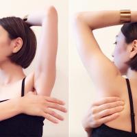 おうちで2分!肩甲骨はがしでスタイルアップする「壁ヨガ」