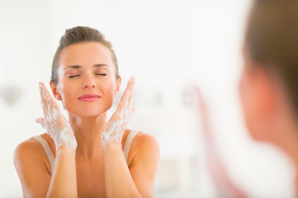 角質を優しくオフ。美容家愛用の「酵素洗顔パウダー」3選