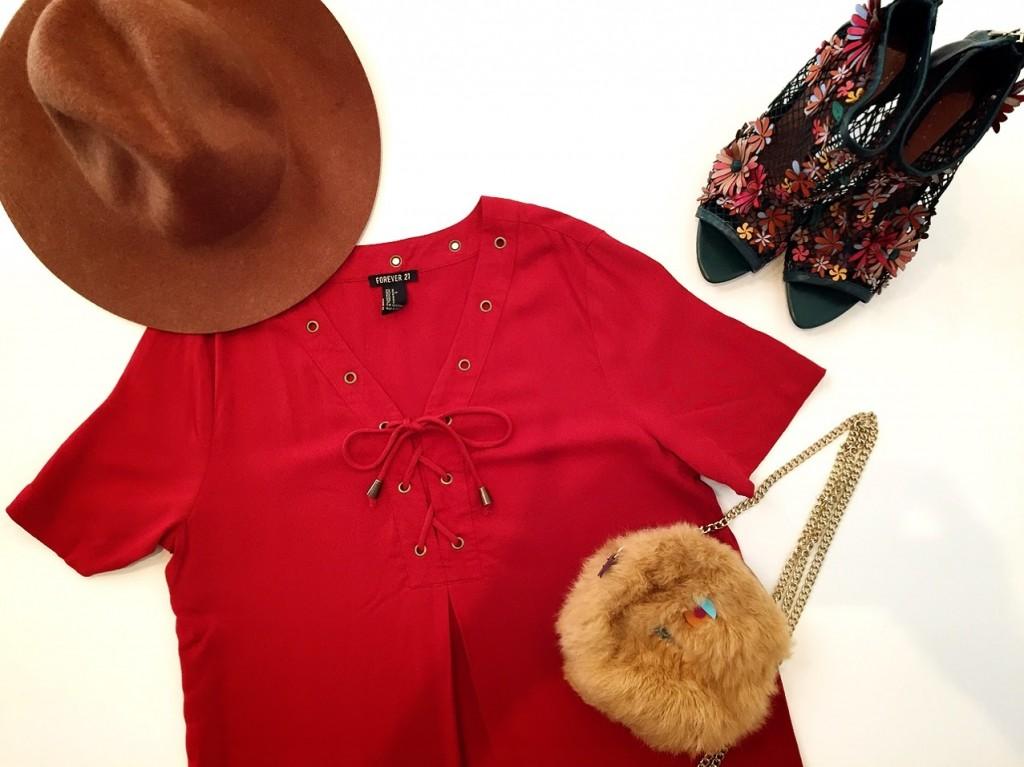 今買って秋まで活躍!服選びのコツと秋色着こなしポイント