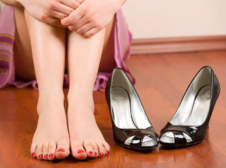 パンプスのトラブルを防ぐ!足ゆびタオルエクササイズ